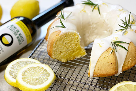 Lemon and rosemary cake By Lisa Maria
